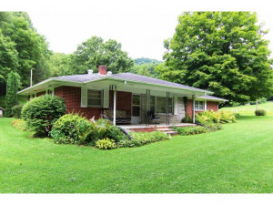 Property for sale at 674 FORGE Road, Mountain City,  Tennessee 37683