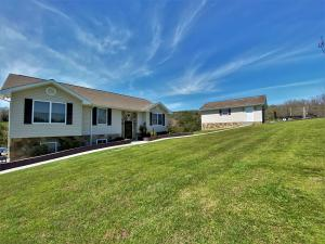 307 Oak Hammock Lane, Parrotsville, TN 37843