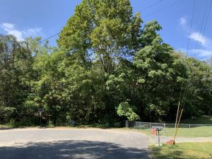 1400 Stoneybrook Drive, Johnson City, TN 37601