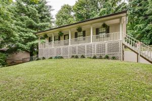 Property for sale at 1076 West Skyline Drive, Morristown,  Tennessee 37813
