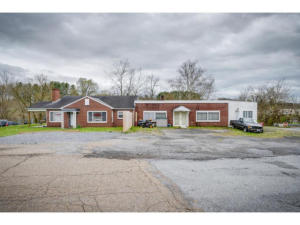 411 Old Thomas Bridge Road, Bluff City, TN 37618