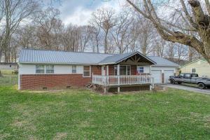 324 East Williams Road, Surgoinsville, TN 37873