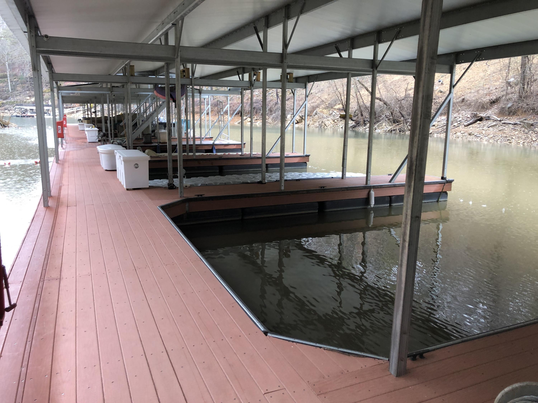 Community Dock Slips