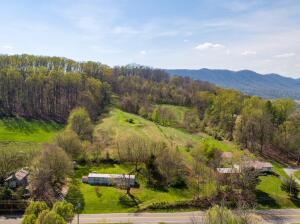 4751 Cherokee Road, Jonesborough, TN 37659
