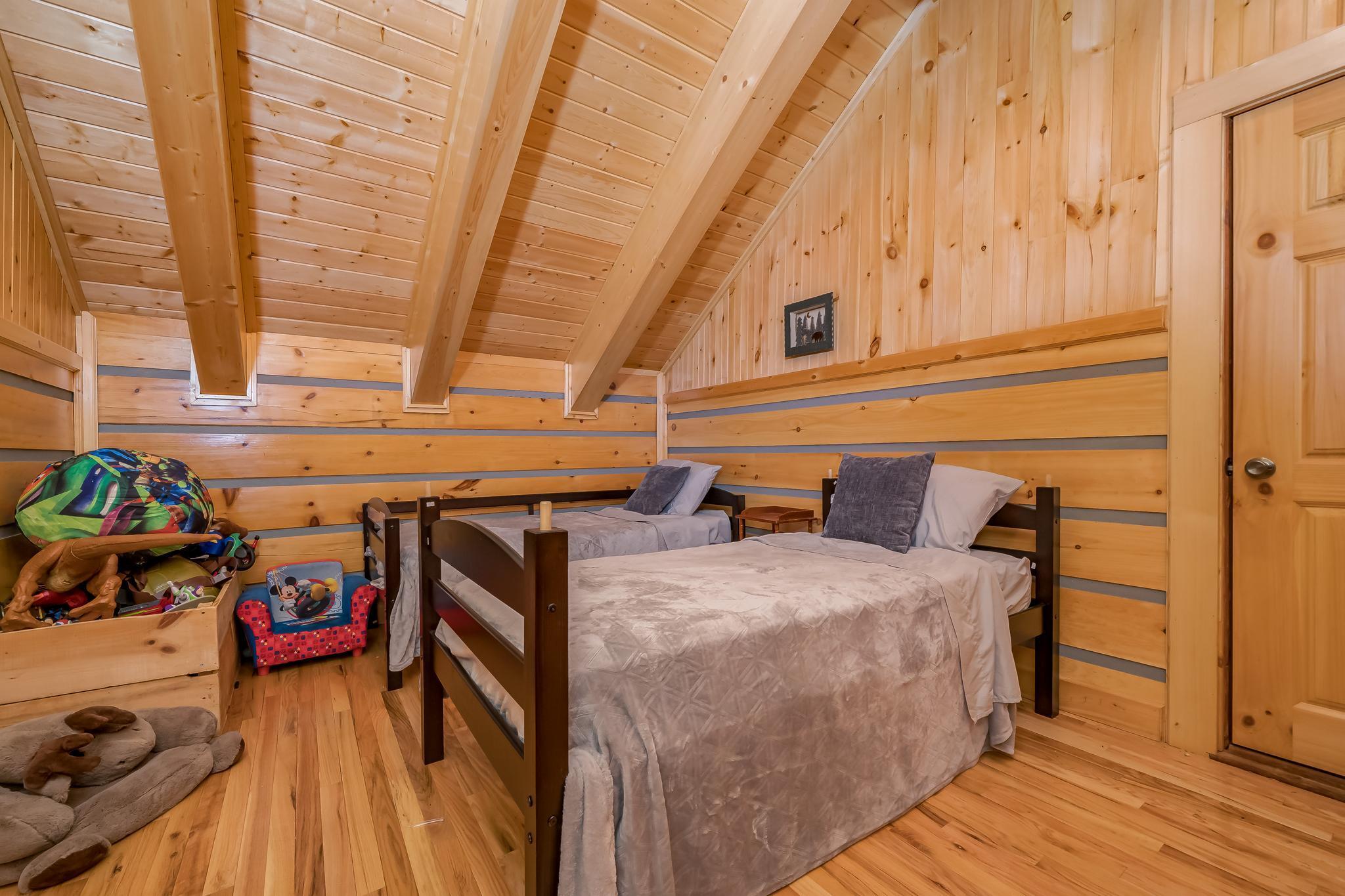 780 Bill Icenhour Lane Lodge Main (75 of