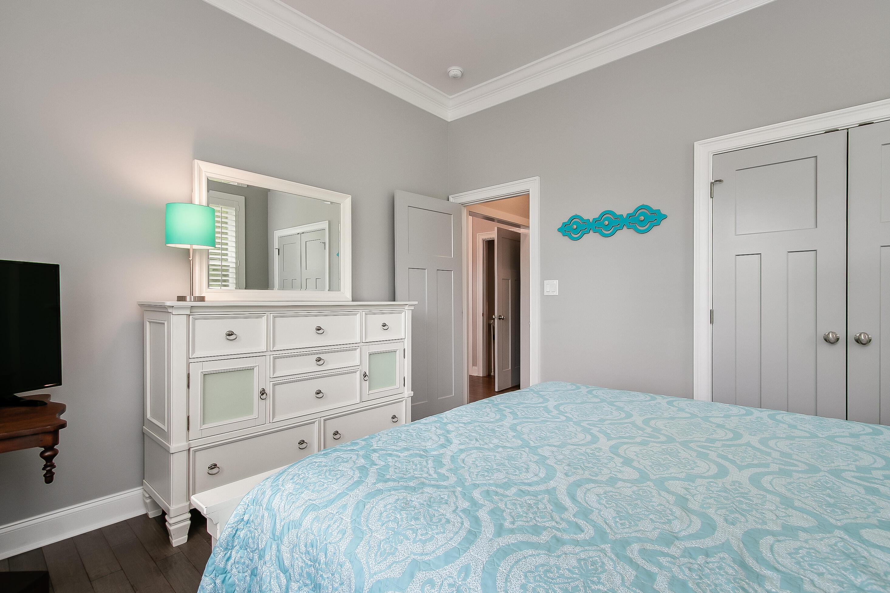 Office/Guest Bedroom 2