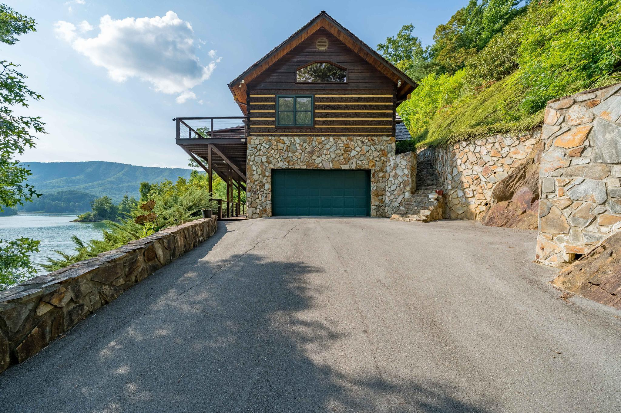 709 cove edge dr (1 of 72)