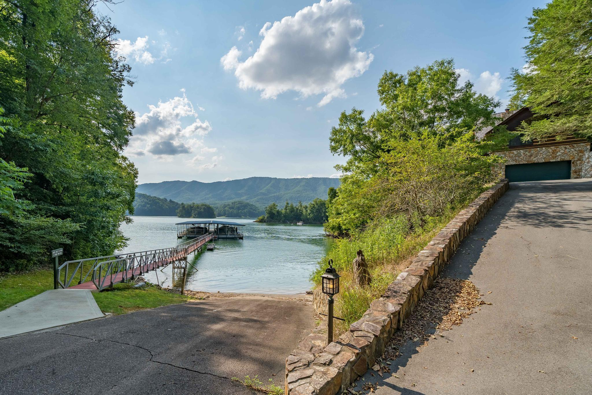 709 cove edge dr (3 of 72)