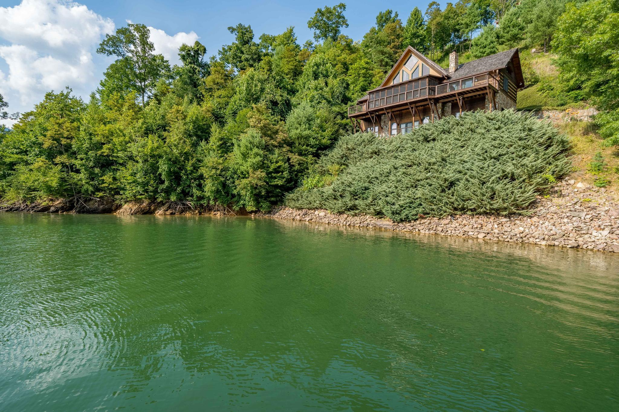 709 cove edge dr (5 of 72)