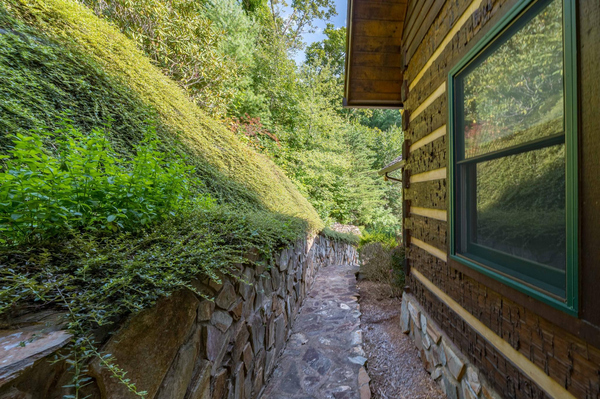 709 cove edge dr (16 of 72)