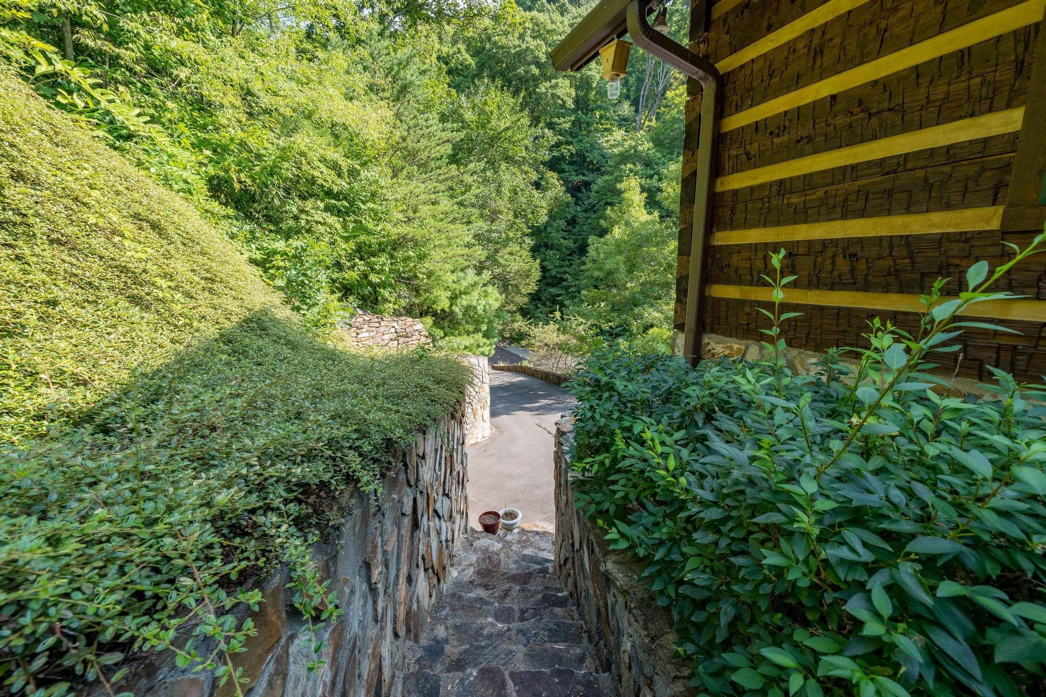 709 cove edge dr (18 of 72)