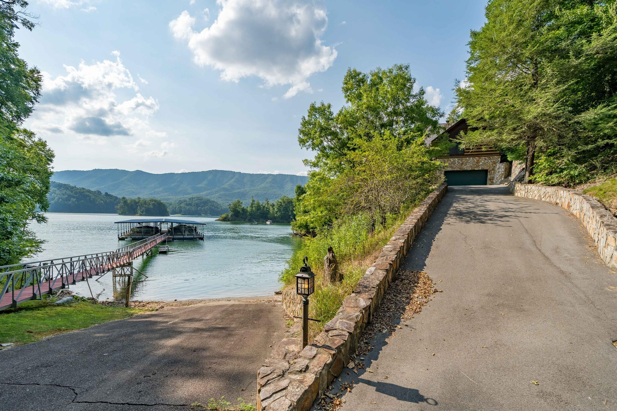 709 cove edge dr (19 of 72)