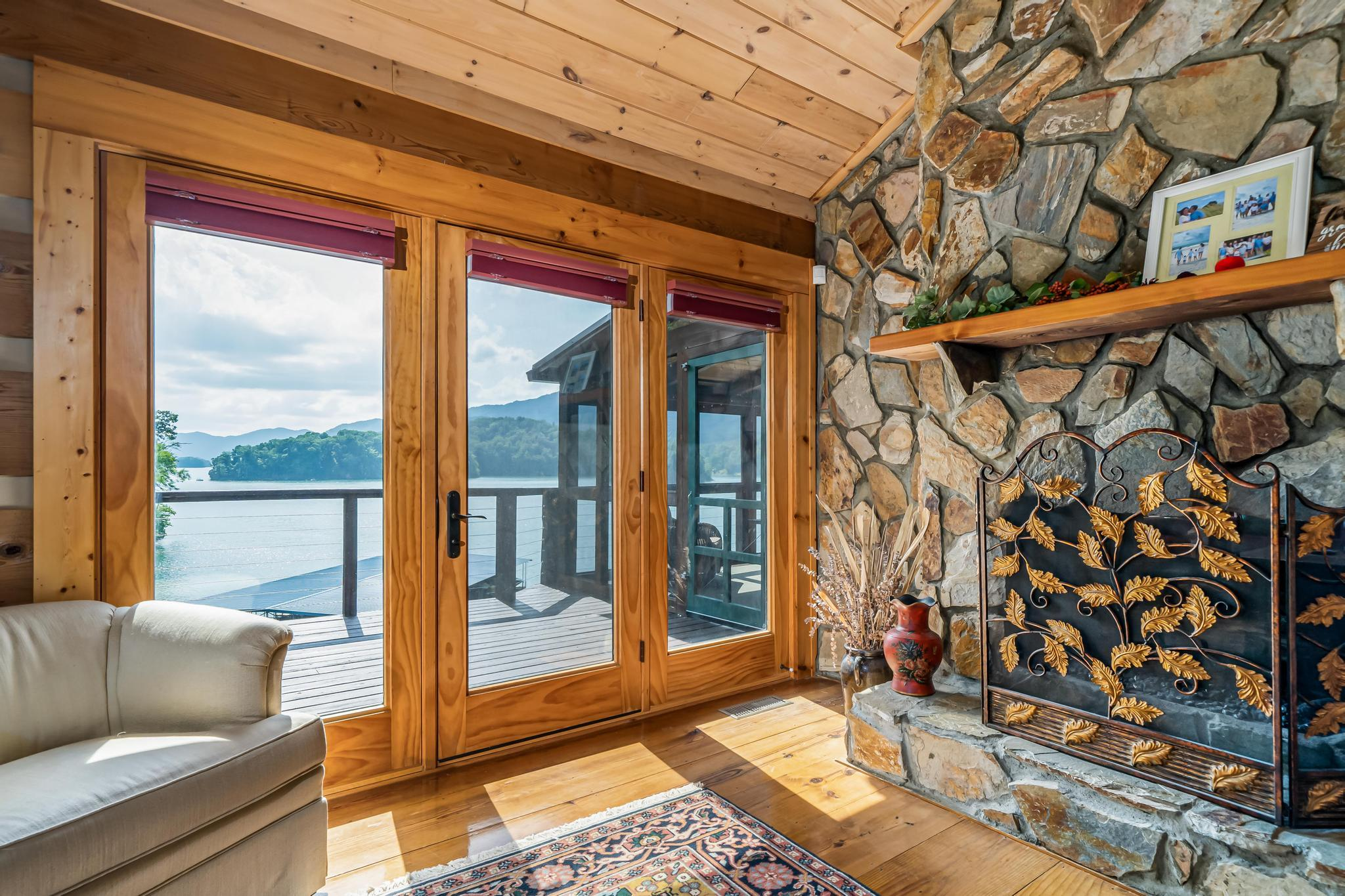 709 cove edge dr (51 of 72)