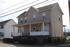 1517 CRAWFORD AVE, Connellsville, PA 15425