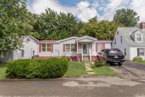 220 MADISON AVE, Hopwood, PA 15445