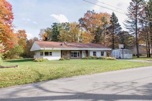 814 FLAT ROCK RD, Markleysburg, PA 15459