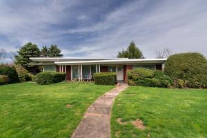 43 BELMONT CIRCLE, Uniontown, PA 15401