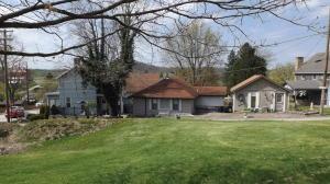 138 Chestnut St, Beallsville, PA 15427