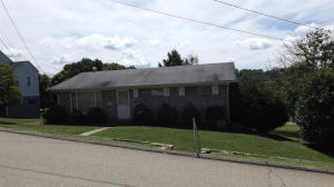 63 Vernon St, Uniontown, PA 15401