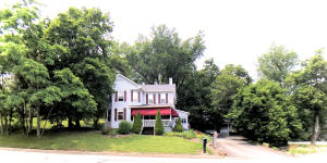 113 Hopwood Fairchance Rd, Hopwood, PA 15445