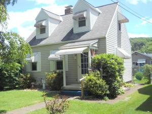 1119 Sycamore, Connellsville, PA 15425