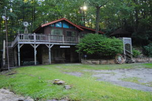 216 Hawkins Hollow Rd, Connellsville, PA 15425