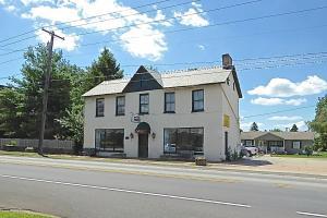 1182 National Pike, Hopwood, PA 15445