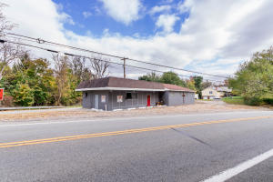 6497 NATIONAL PIKE, Brier Hill, PA 15415
