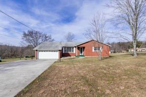 3064 MORGANTOWN ROAD, Smithfield, PA 15478