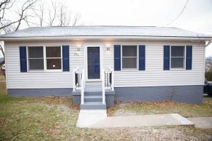 1516 Chestnut St, Connellsville, PA 15425