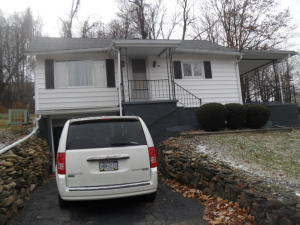 115 Earl St, Uniontown, PA 15401