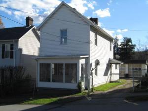 44 Craig St, Uniontown, PA 15401