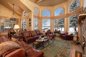 Photo of home for sale at 74 Turnberry Place, Edwards CO