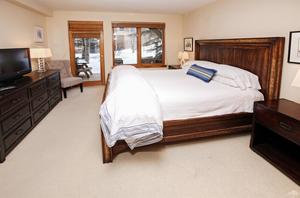 Photo of home for sale at 30 Cresta Road, Edwards CO