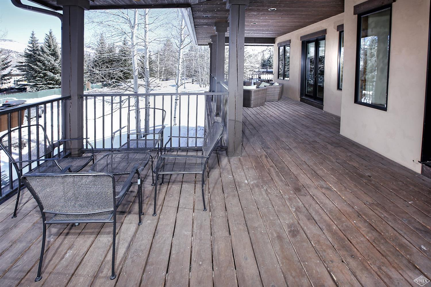 Photo of home for sale at 401 Arrowhead Drive, Edwards CO