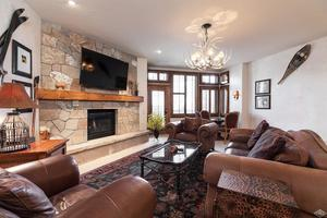 Photo of home for sale at 160 Cresta Road, Edwards CO