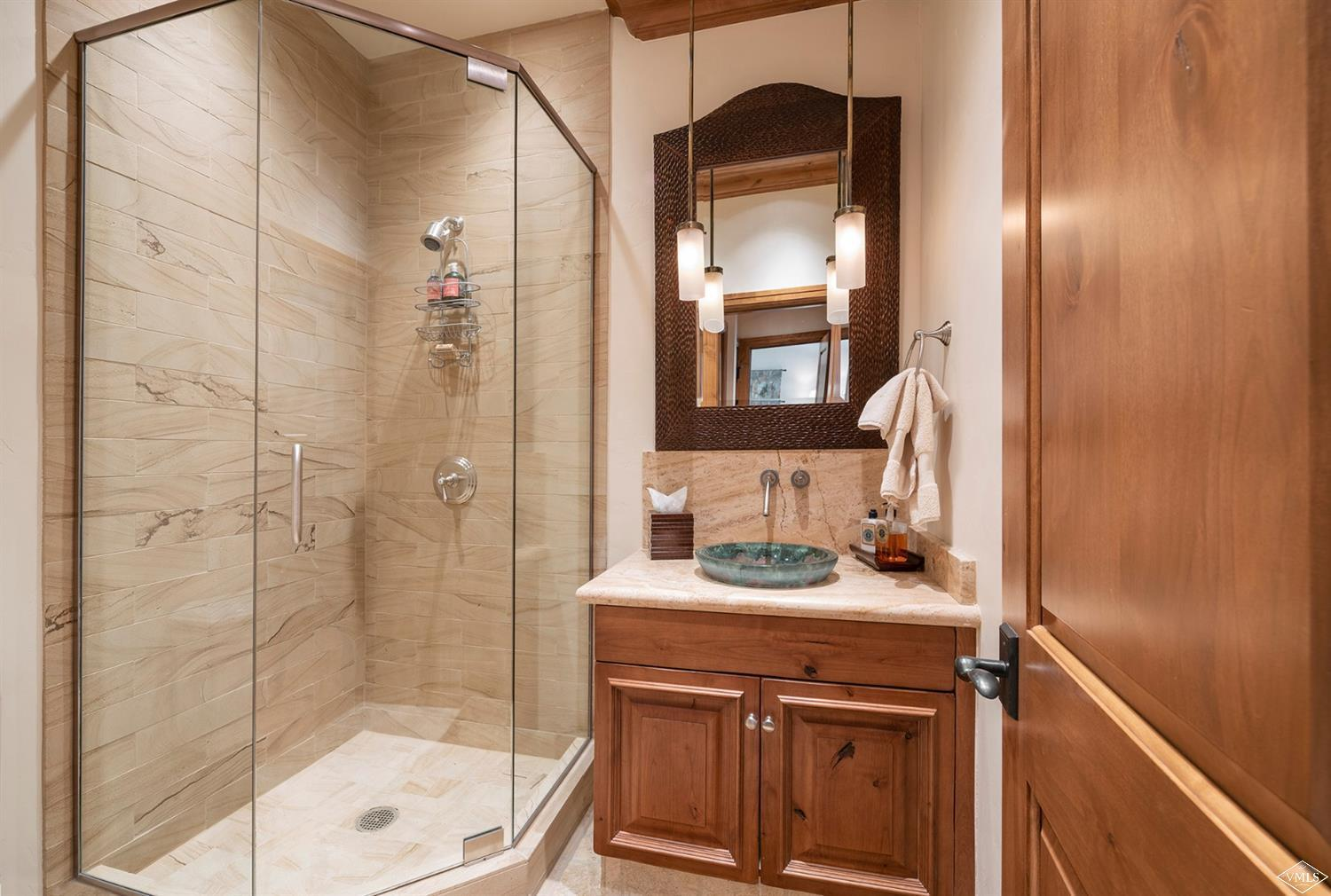 Proprty image for 352 Meadow Drive Unit 100