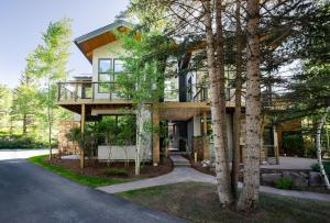 4337 Streamside Circle W, West, Vail, CO 81657