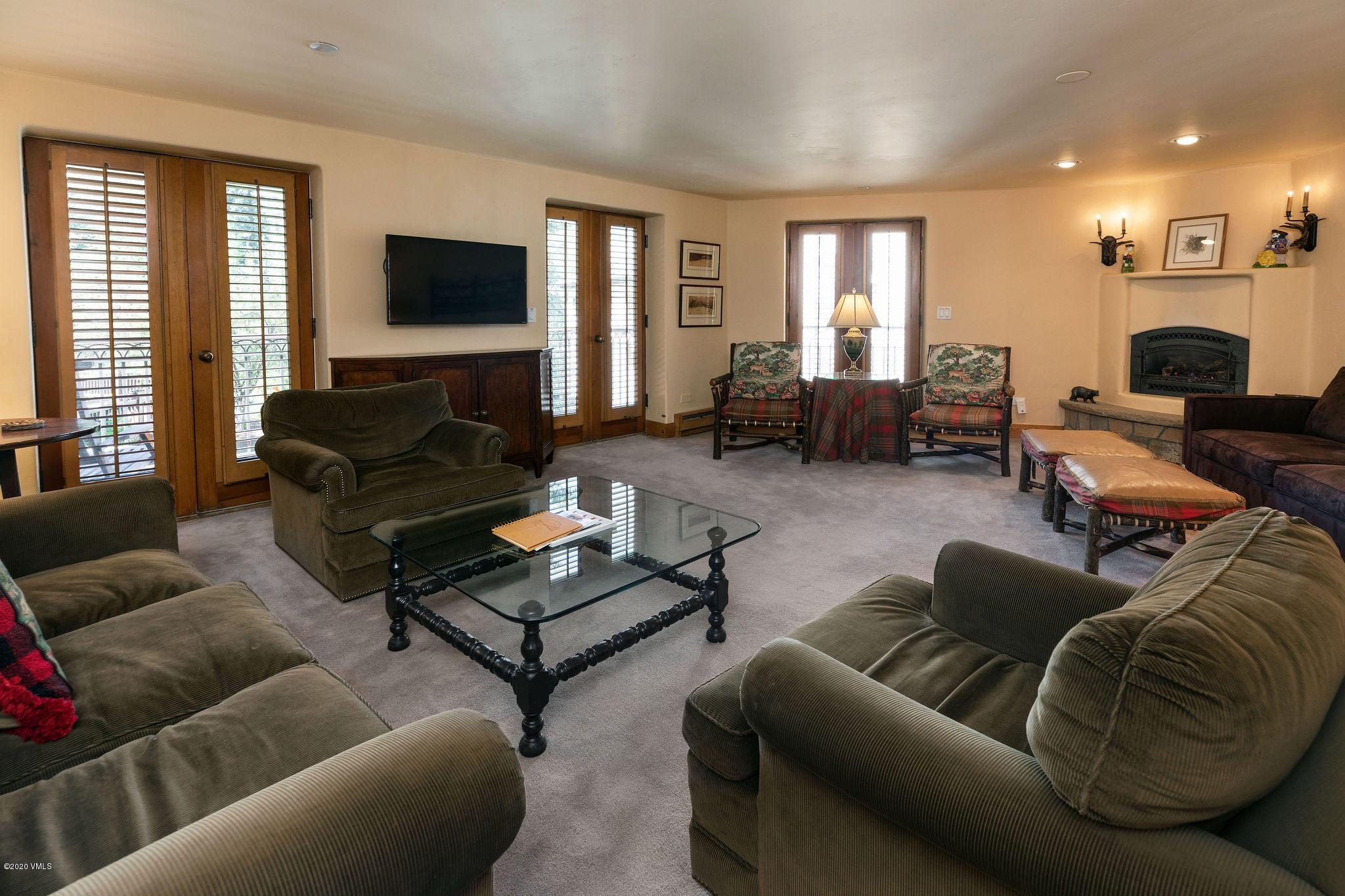 Property Description and Photos