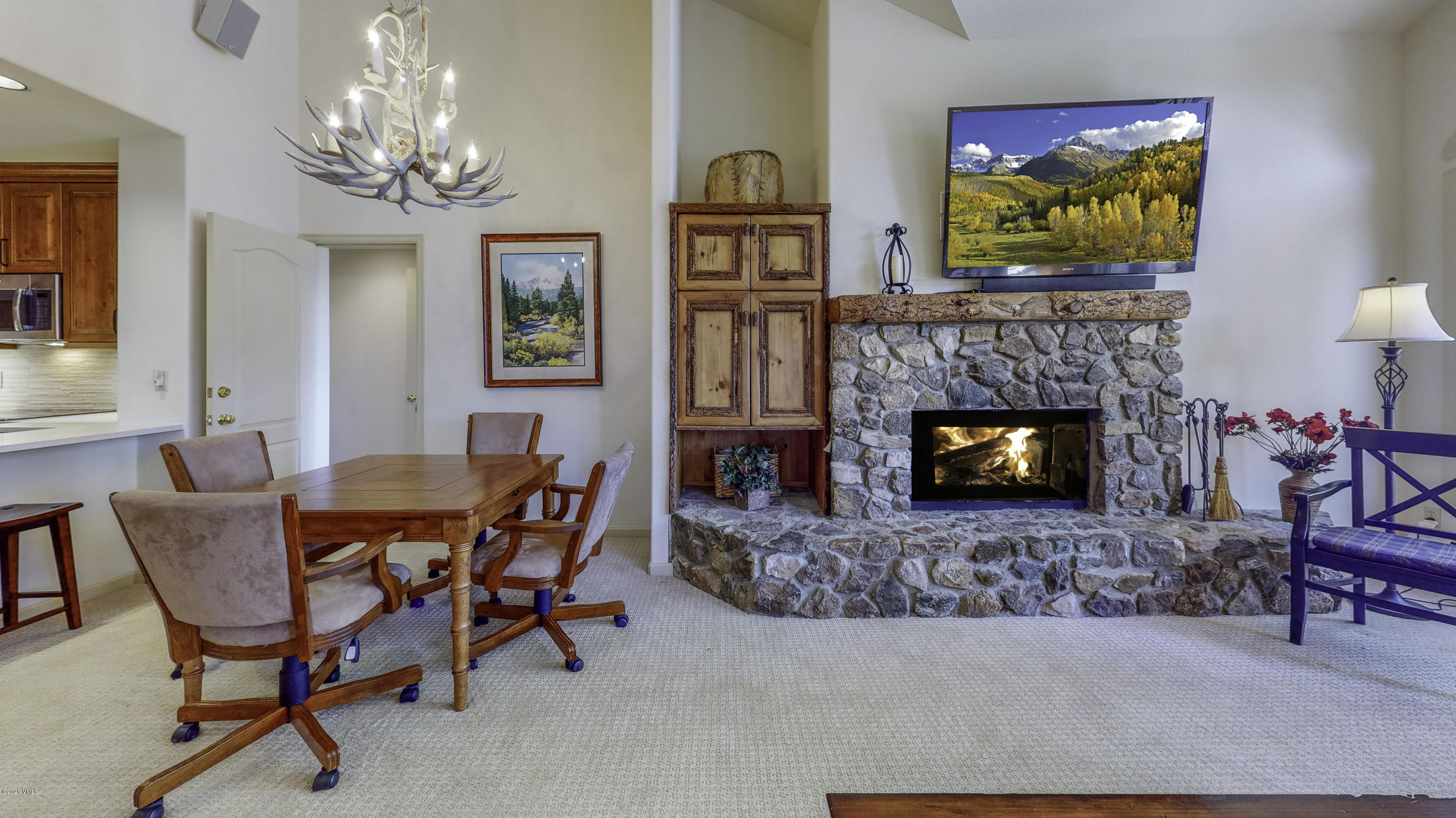 Photo of home for sale at 600 Sawatch Dr, Edwards CO
