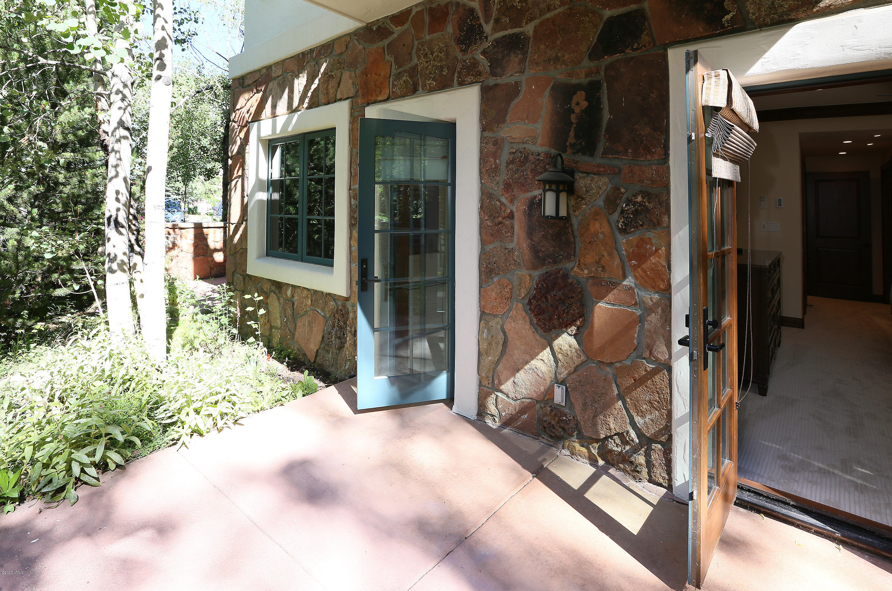 Photo of home for sale at 31 Avondale, Beaver Creek CO