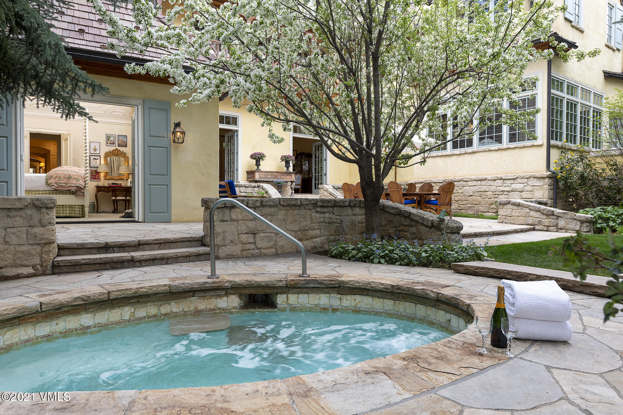 Proprty image for 362 Mill Creek Circle