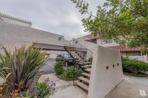 1218 Landsburn Circle, Westlake Village, CA 91361