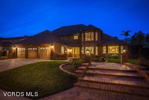 29383 Laro Drive, Agoura Hills, CA 91301