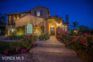 Built in 2006, this beautiful luxury estate features 5 bedrooms and 5.5 bathrooms