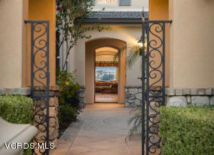 26844 Provence Drive, Calabasas, CA 91302