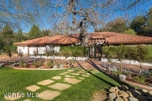 4090 Cresthaven Drive, Westlake Village, CA 91362
