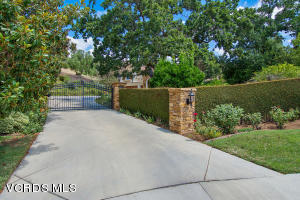 1605 Vista Oaks Way, Westlake Village, CA 91361