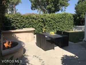 88 Livermore Avenue, Ventura, CA 93004