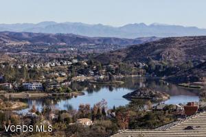 393 W Stafford Road, Thousand Oaks, CA 91361
